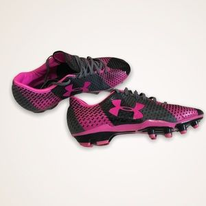 UNDER ARMOUR Force Gray And Pink Soccer Cleats